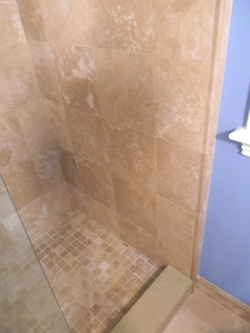 Shower_stall_beige_tile